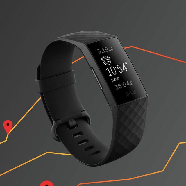 Fitbit-Charge-4-Gear-Patrol-Lead-Full