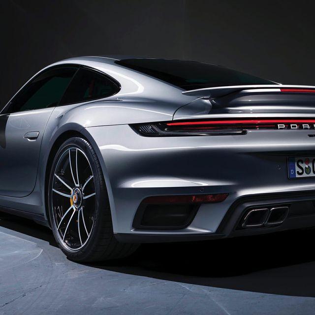 Porsche-Turbo-S-gear-patrol-full-lead