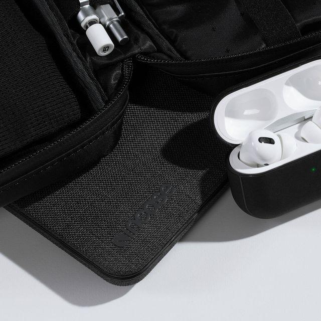 Sponsored-Product-Note-Incase-AirPod-gear-patrol-lead-full