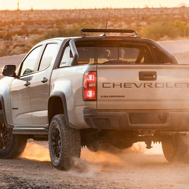 Chevrolet-Colorado-ZR2-gear-patrol-lead-full