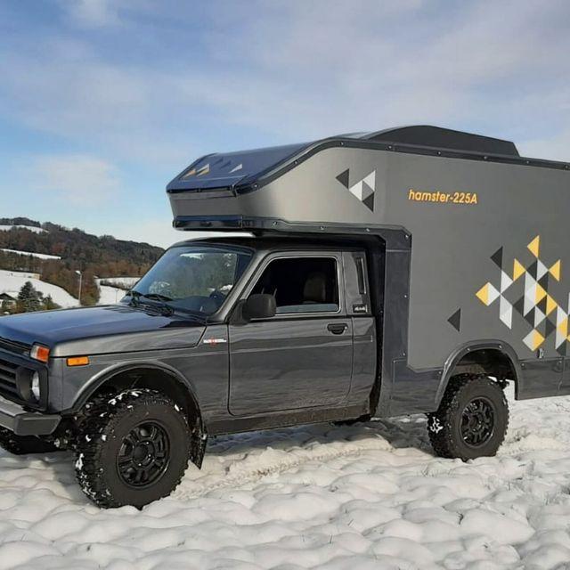 Lada-4×4-Camper-Gear-Patrol-Lead-Full