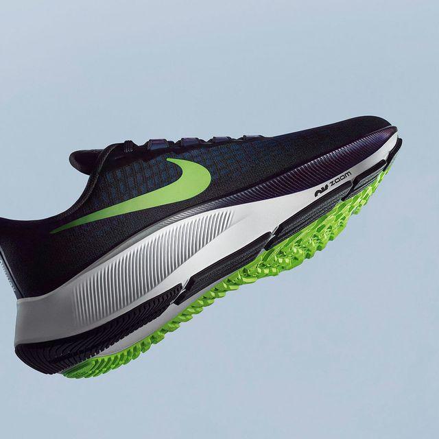 Nike-Peg-37-Gear-Patrol-Lead-Full
