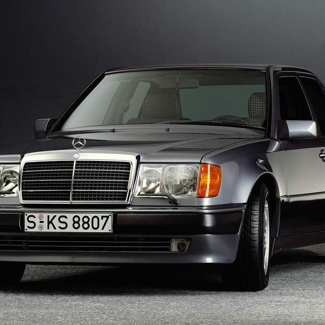 W124-Mercedes-gear-patrol-lead-full