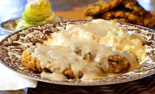 chicken fried steak with mashed potatoes