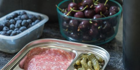 How-to-Meal-Plan-For-A-Picnic-4a