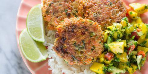 Salmon Cakes with Mango Salsa 01