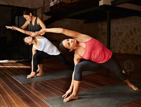 8 reasons runners should do yoga
