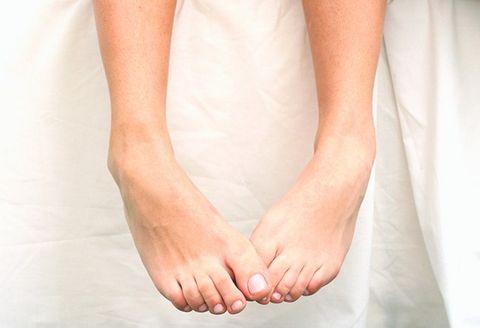 Embedded in foot 🏷️ something killer in