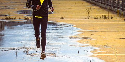 Reflection, Jacket, Waist, Puddle, Wetland, Active pants, Shadow, Mudflat, sweatpant,