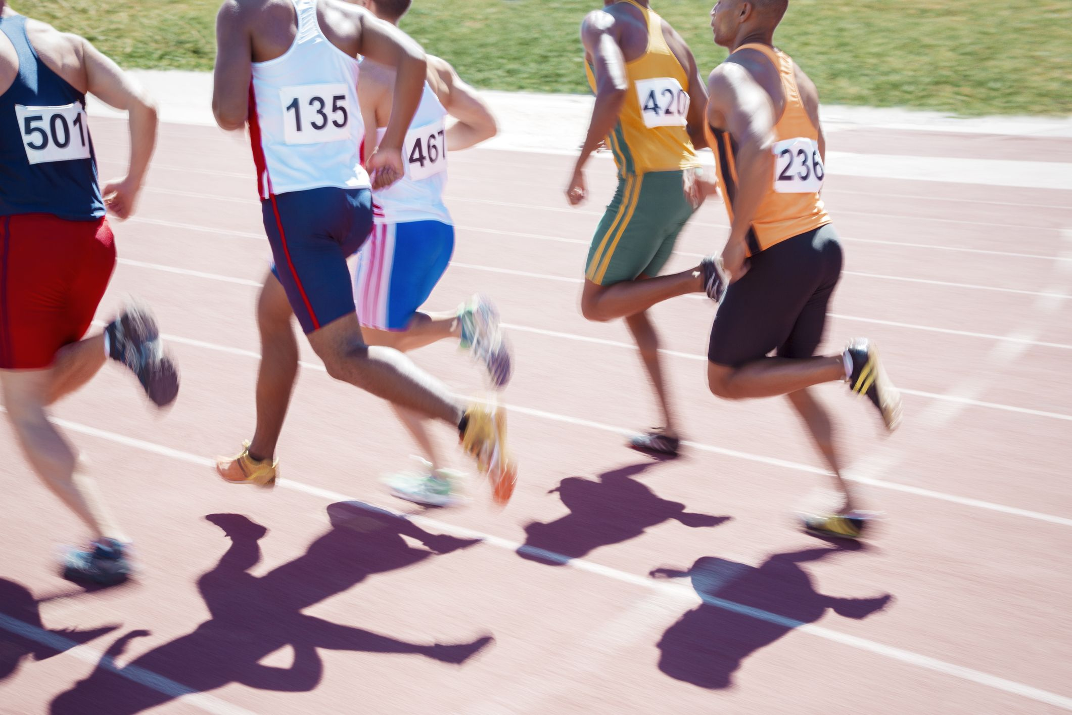Does drafting behind another runner help you go faster?