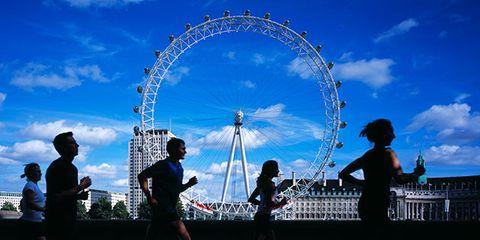 Sky, Water, Architecture, Fun, Recreation, Tourist attraction, Cloud, Leisure, Running, Crowd,