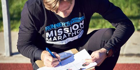 Orienteering, Recreation, Hand, Longboard, Skateboard, T-shirt, Running,