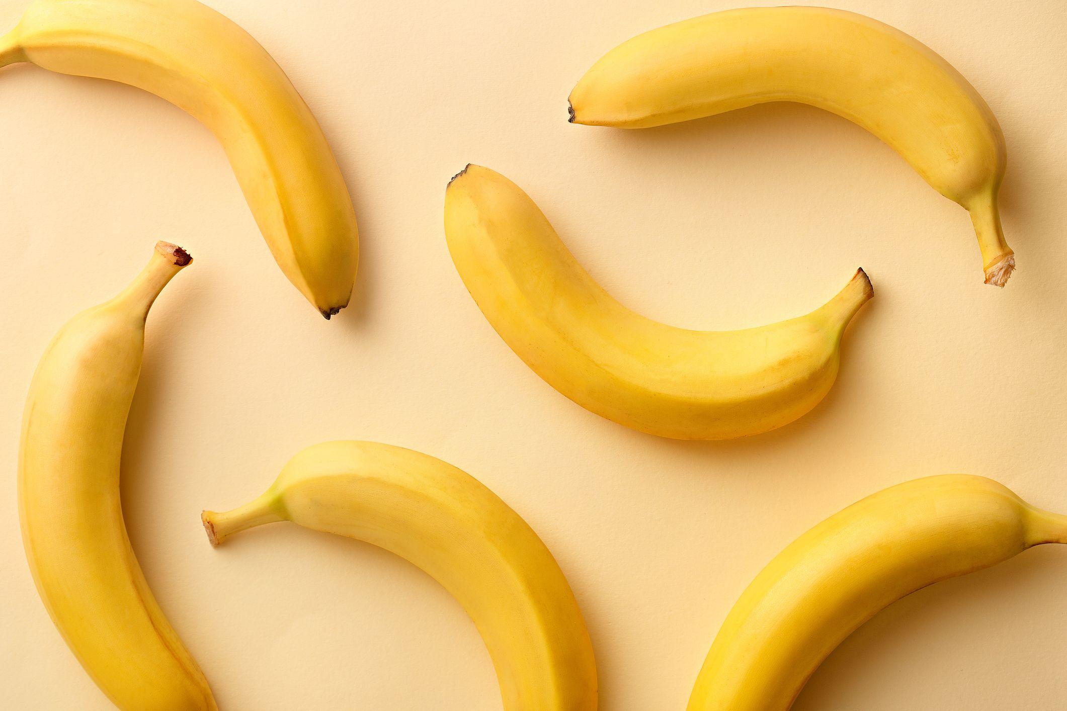 7 reasons why you should be eating the banana peel