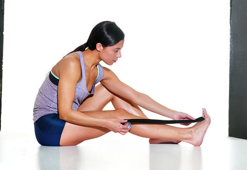 How to tape your legs to help shin splints