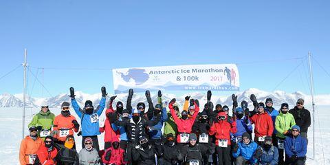 Winter, Social group, Recreation, Outdoor recreation, Winter sport, Freezing, Adventure, Snow, Team, Geological phenomenon,