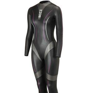 Sleeve, Sportswear, Purple, Black, Violet, Tights, Spandex, Fashion design, Wetsuit, Latex clothing,