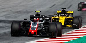 Kevin Magnussen (20) andNico Hulkenbergbattle for track position last year during the Austrian Grand Prix.