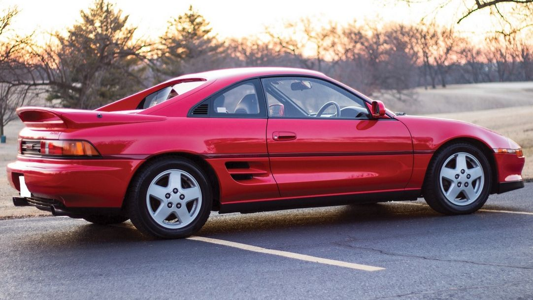5 Future Classic Cars From The 1990s That You Should Buy Before They Become Too Expensive
