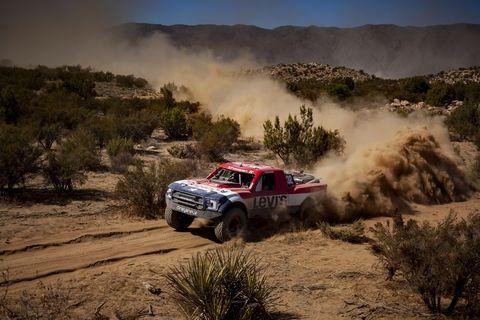 Land vehicle, Off-road racing, Vehicle, Desert racing, Dust, Off-roading, Regularity rally, Motorsport, Rally raid, Rallying,