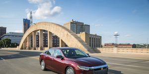 Here is the 2019 Honda Insight on the move.