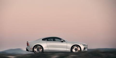 Land vehicle, Vehicle, Car, Automotive design, Luxury vehicle, Wheel, Personal luxury car, Muscle car, Rim, Performance car,