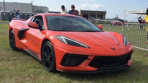 Land vehicle, Vehicle, Car, Supercar, Sports car, Automotive design, Performance car, Automotive exterior, Luxury vehicle, Bumper,