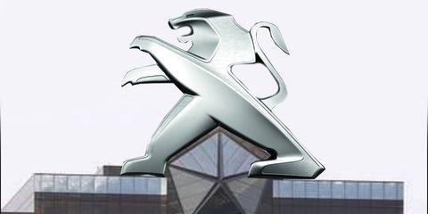 Sculpture, Architecture, Design, Facade, Statue, Art, House, Logo, Monument, Nonbuilding structure,
