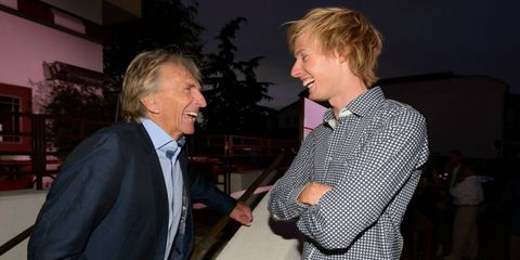 Derek Bell gives advice to young 919 driver Brendon Hartley.