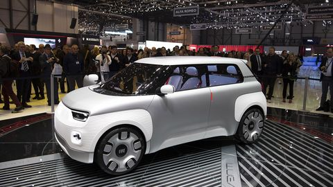 The Centoventi, expected to be put into production in two to three years, will offer a customizable battery cell pack and a reconfigurable dash and interior.