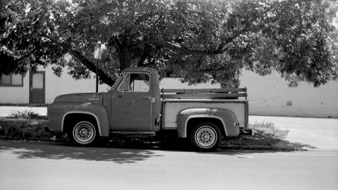 This 110-year-old Ansco No. 2 Buster Brown Folding camera gets some of my favorite photos. Here's the '53 Ford with the tree in full leaf.