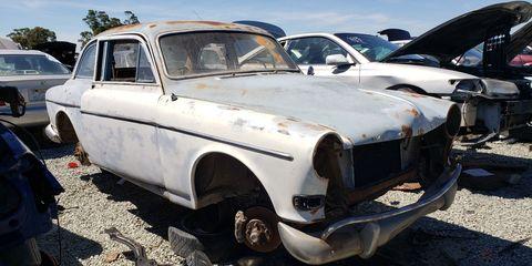 Land vehicle, Vehicle, Car, Classic car, Coupé, Volvo amazon, Sedan, Antique car, Classic, Riley one-point-five,