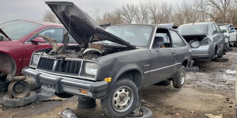 The Chevrolet Chevette had a little-known Pontiac-badged twin, known as the T1000 or 1000. Here's one in a Denver junkyard.