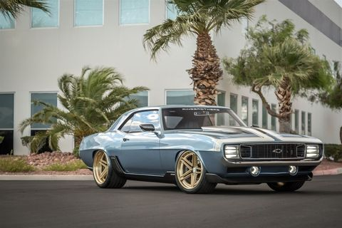 While the AMX Javelin is getting a lot of coverage now, the Ring Brothers have made quite a few interesting and powerful cars over the years. The is the 1969 Camaro G-Code.