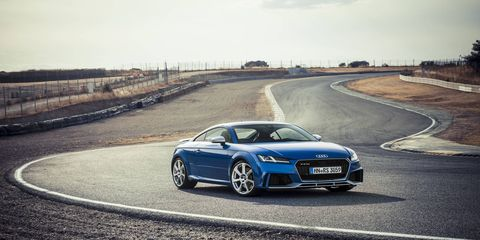 We drive the 2.5-liter I5-powered, Quattro all-wheel drive-equipped 2017 Audi TT RS coupe.