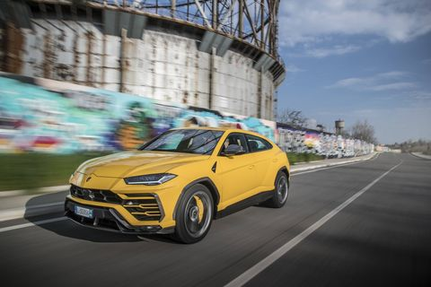 The Lamborghini Urus sports a 641-hp twin-turbo V8, awd, 4ws, and track manners that would do any supercar proud. Molto bene, Lamborghini!