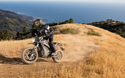 The 2017 Zero DSR is an adventure bike powered by electricity. It has your choice of 13-kWh or 16.3-kWh Li-ion battery sizes powering a 70-hp, 116-lb-ft electric motor. Zero says range goes as far as 184 miles per charge in city driving. Pricing is $15,995 for the smaller battery and $18,950 for the big box.