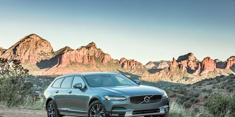 Wagons combine the practicality of an SUV with the comfort and responsiveness of a sedan. You get both with the V90 Cross Country T6 AWD.