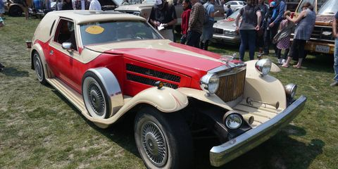 The ugliness returns, like a bad rash. Concours d'LeMons reared its ugly, blown head again to desecrate yet another otherwise wonderful Pebble. Herein, the coveted Worst in Show winner, some sort of Gremlin-based custom coachwork, not by Figoni or Filachi. Maybe by Cha Chi.