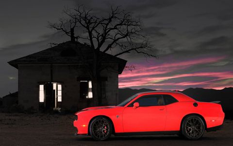 Tire, Wheel, Automotive design, Automotive tire, Alloy wheel, Vehicle, Window, Rim, Automotive lighting, Car,