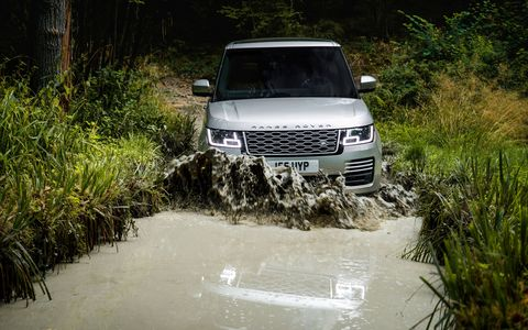 The plug-in hybrid 2019 Range Rover P400e combines a 2.0-liter gasoline engine with an electric motor for a total of 398 hp and 472 lb-ft of torque. You'll be able to drive in all-electric mode for up to 31 miles.