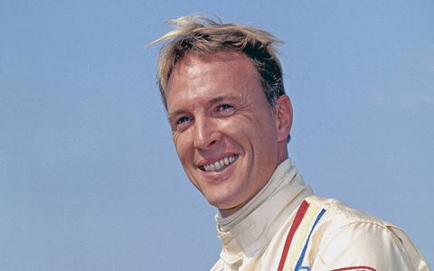 Dan Gurney passed away due to complications from pneumonia at the age of 86, on January 14, 2018.