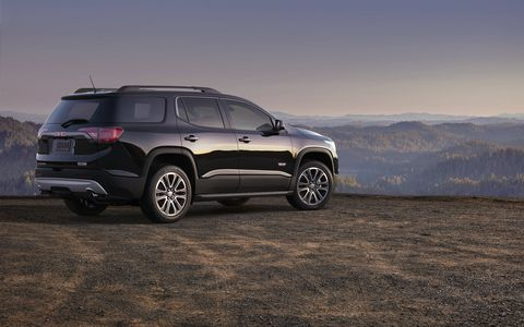 The 2017 GMC Acadia three-row SUV gets a choice of a 193-hp I4 or a 310-hp V6.