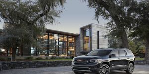 The 2017 GMC Acadia three-row SUV gets a choice of a 193-hp I4 or a 310-hp V6.