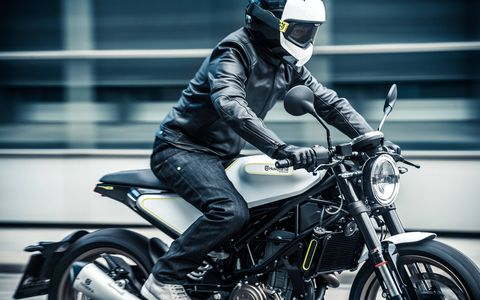 """Vitpilen means """"White Arrow"""" in Swedish, the country where Husqvarna originated. While Husqvarna has been best-known for dirt bikes, the coming Vitpilen 401 is made for the street."""
