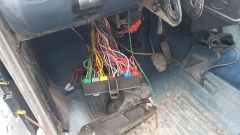 Early-1980s Italian car wiring should scare you.