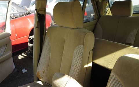 It was barely possible for American W126 buyers to order a cloth interior, but almost none did. Just one of the details that makes a gray-market car interesting.