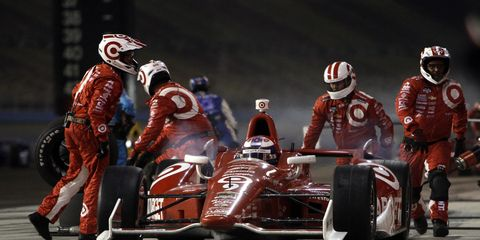 Scott Dixon will return to Target Chip Ganassi Racing for 14th year.