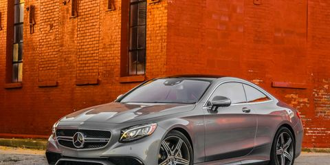 The S63 AMG 4MATIC Coupe is the latest model to benefit from the systematic implementation of the AMG Lightweight Performance strategy. Lightweight construction has reduced the vehicle weight by up to 128 pounds