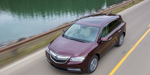 For 2015, the MDX has the same superior level of luxury comfort, quietness and technology features, combined with exhilarating dynamic performance, top-class fuel efficiency and advanced safety performance ratings.