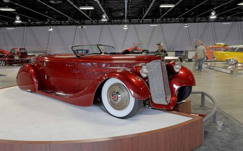 The Mullholland Speedster won its second major car show last weekend when it garnered the Custom d'Elegance award at the 67th Sacramento Autorama. 650 cars participated.